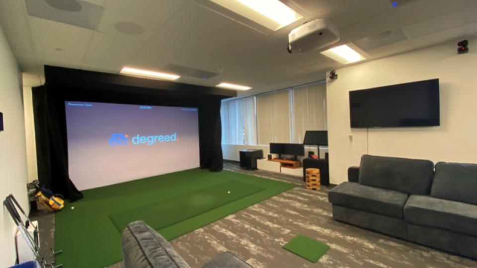 Golf Simulator Zoom Room