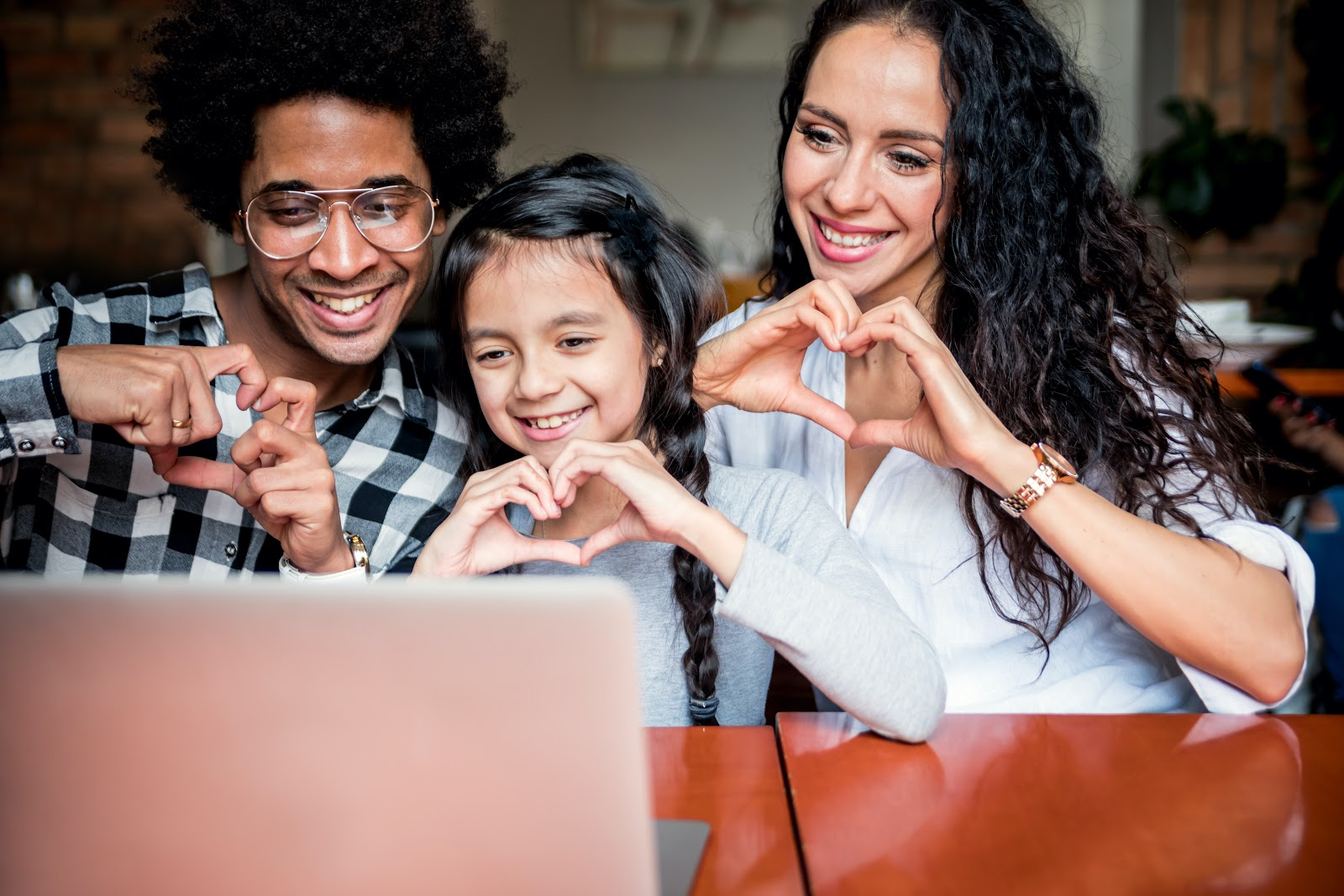 Staying Connected With Family & Friends on Zoom
