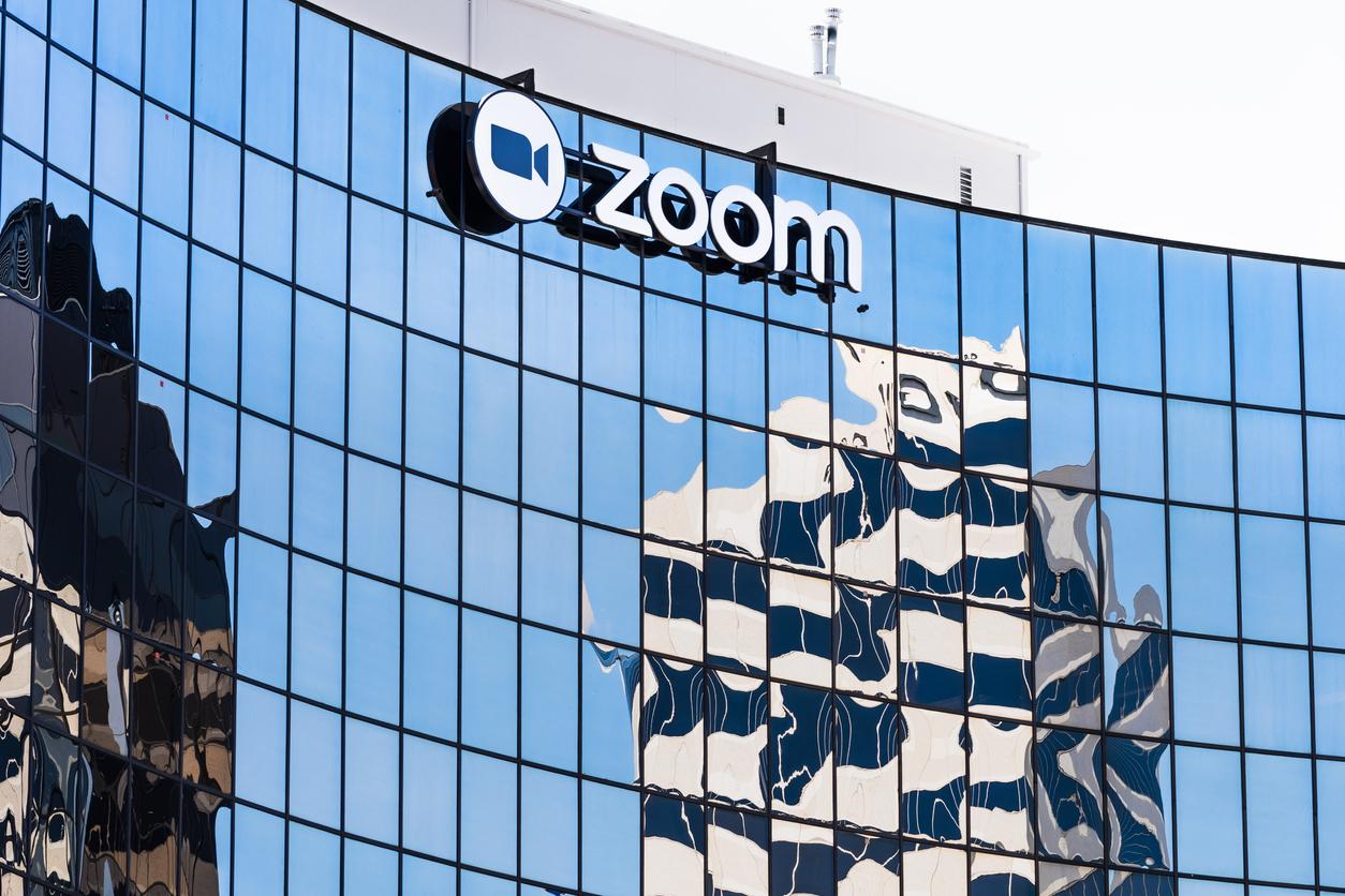 Zoom to Acquire Kites GmbH